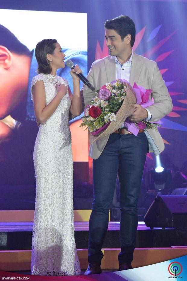 LOOK: Pangako Sa'Yo's Amor and Eduardo a perfect pair at the #ShineKapamilya Trade Launch